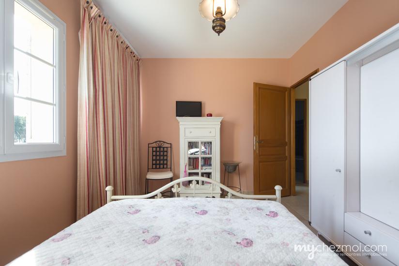Chambre 2  (Habitation principale)