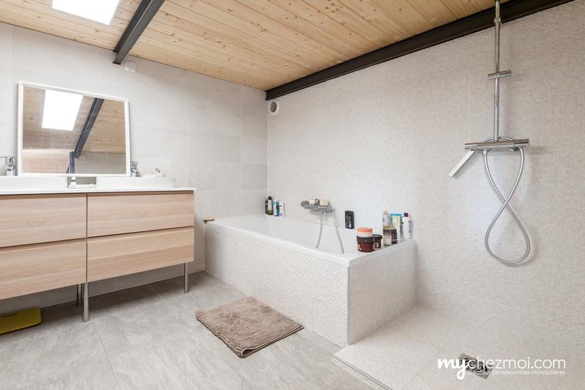 Salle de bains niveau 0