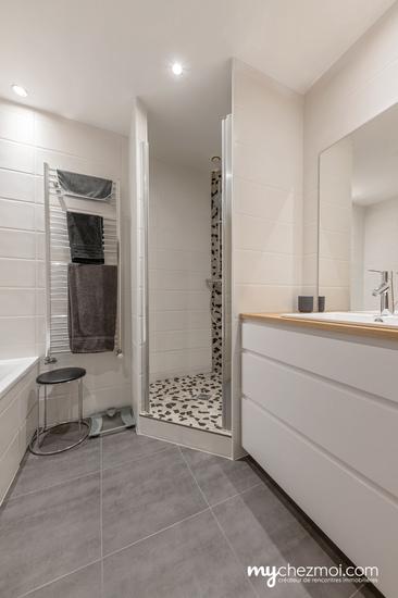 Salle de bains niveau 3