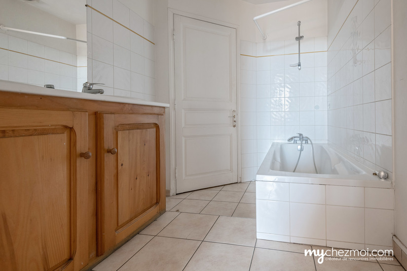 Salle de bains  chambre 1