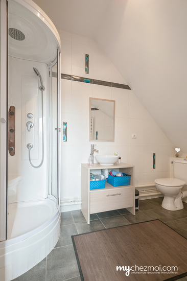 Salle d'eau chambre 4 niveau 3