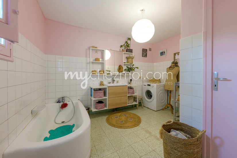 Salle de bains maison de jardinier